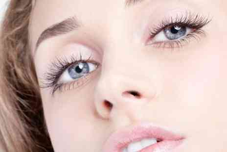 The Beauty Studio - Full Set of Eyelash Extensions Plus Eyebrow Shape - Save 0%