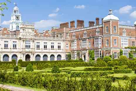 Ramada Hatfield Hotel - Dine in the historic Hatfield House while staying at the Ramada Hatfiled Hotel - Save 28%