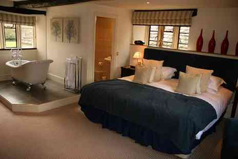 The Slaughters Country Inn - A lovely bed and breakfast stay in a cosy 17th century Cotswolds cottage - Save 22%