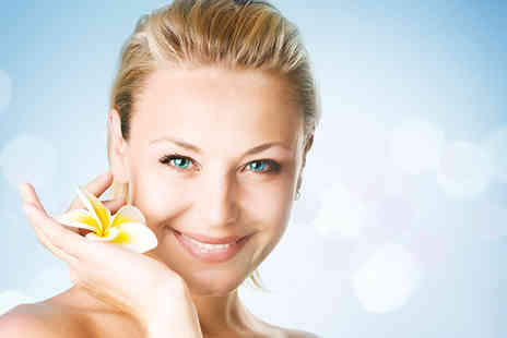 Enhance Clinic - One hour collagen facial - Save 52%