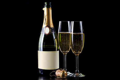 The Piper Pub - One bottle of champagne - Save 26%