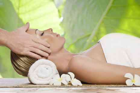 The Lazer Clinic - Pamper package including a deep cleansing facial and a head massage - Save 58%