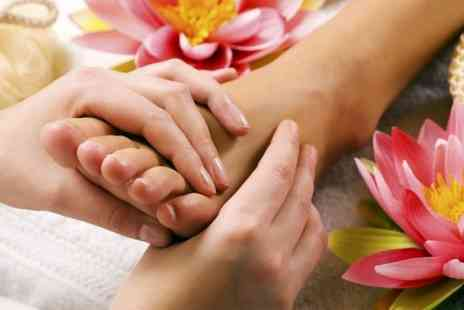 Bedford Chiropractic Clinic - 45 Minute Reflexology Session - Save 60%