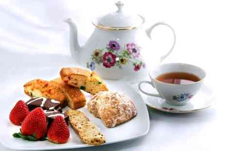 Daresbury Park - Festive Afternoon Tea For Two With Mulled Wine or Sparkling Wine  - Save 0%