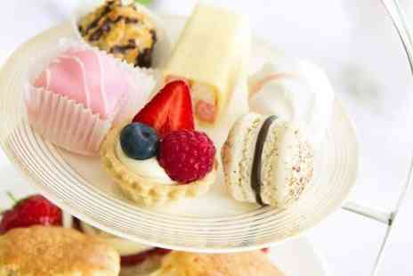 Holiday Inn Woking - Afternoon Tea With Mulled Wine or Prosecco For Two  - Save 58%