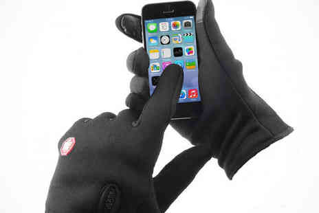 Beat the Blizzard - Unisex Windproof Touchscreen Gloves - Save 63%