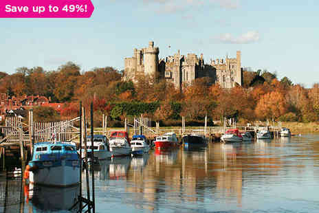 Norfolk Arms Hotel - Ancient History and Modern Comfort in Arundel - Save 49%