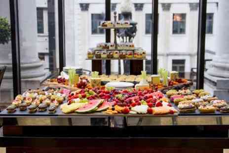 Le Meridien Piccadilly - All You Can Eat Sunday Brunch With Prosecco and Jazz For Two - Save 50%