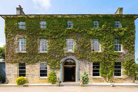 Hammet House - Two Nights Stay For Two With Prosecco Plus Afternoon Tea  - Save 46%