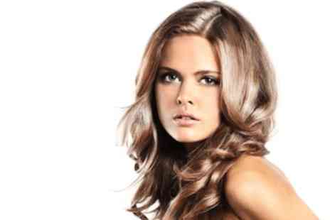 Zoraza Salon and Spa - Full head of highlights with a wash, cut and blow dry - Save 0%