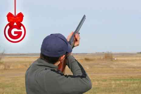 Hereford & Worcester Shooting Ground  - Beginners Clay Pigeon Shooting Lesson  - Save 47%