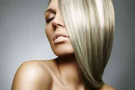Crystal at Moo Hair - Cut and Finish With Highlights  - Save 78%