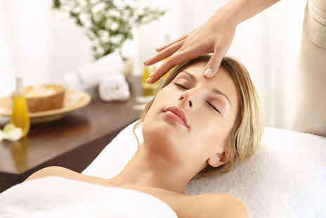 The Beauty Studio - 30 Minute Decleor  Discovery Facial - Save 60%