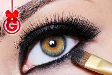 Extensionique - Silk Eyelash Extentions - Save 60%