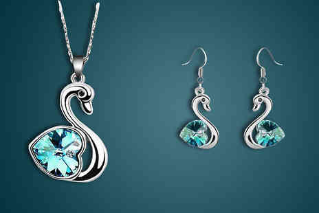 Finishing touch -  Swan Jewellery Set   - Save 87%