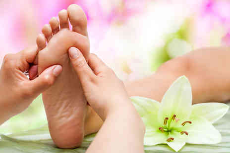 Guys and Dolls Parlour -  45 minute reflexology treatment session plus consultation - Save 68%