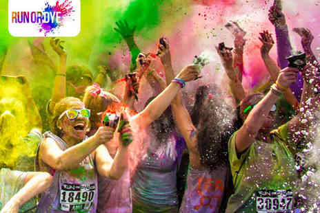 Run or Dye - Entry to Run or Dyes Run The Rainbow plus Swag Bag - Save 20%
