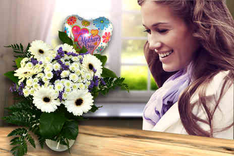 Posy Bouquets - Hand tied Mothers Day bouquet and helium balloon - Save 60%