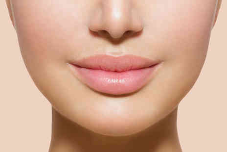 Harley Street Beauty -  0.5ml Lip Plump dermal filler  - Save 72%