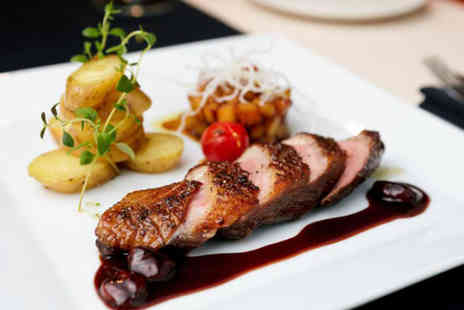 The Yacht London - Sunday lunch for Two - Save 50%