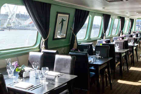 R S Hispaniola - Two course meal for two on the RS Hispaniola plus a River Red Rover Tour voucher for another day - Save 58%