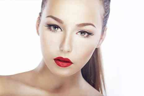 Natural Enhancement - Semi Permanent Make Up Cardiff Eyebrows, Eyeliner or Lip Liner - Save 55%