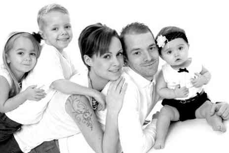 Images Unlimited - One Hour Family Photoshoot With Prints - Save 0%