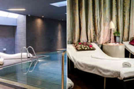 Spabreaks - One night Escape to Yu and Lunch package at Apex Waterloo Place Hotel - Save 0%
