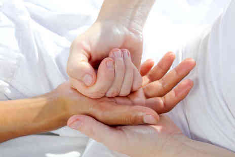 One Day Courses - Online Hand Reflexology Course - Save 90%