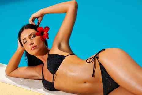 Hands & Oils Aromatherapy - One  Session of Spray Tan  - Save 41%