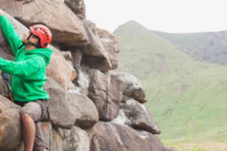 Extreme Ventures -  Outdoor rock climbing experience for one - Save 0%