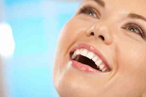 Aura Dental Spa - £899 for a set of upper AND lower 'Six Month Smiles' clear braces - Save 0%