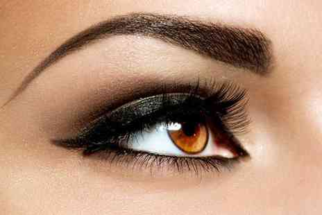 Coco Rouge Beauty Bar - Eye package including individual Hollywood lashes, brow wax, lash tint and brow tint  - Save 77%