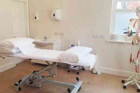 Ben Cohen Osteopathy  - Postural Assessment and Exam Plus Treatment and Lifestyle Plan - Save 56%