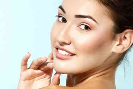 Global Aesthetics Training - One session of Microdermabrasion - Save 58%