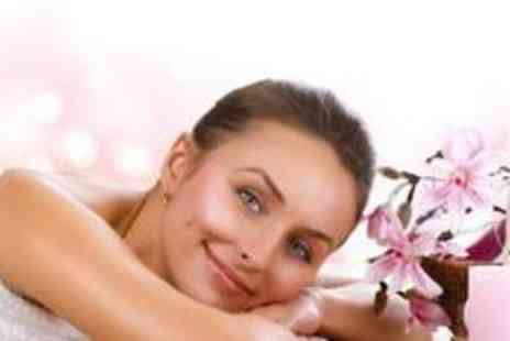 Beauty 2 - £29 for a £100 Beauty Voucher - Save 71%