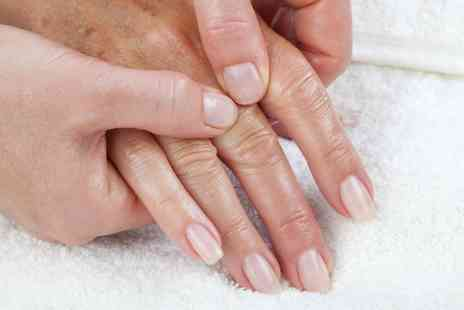 The Drury Lane Clinic - Online Hand Reflexology Course - Save 90%