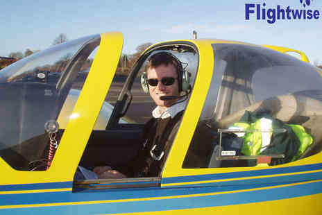 Flightwise - 40 Minute or Hour Long  Flying Lesson - Save 46%