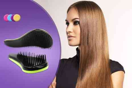 Quick Style - Detangle brush in a choice of colours - Save 65%