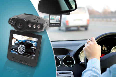 eGlobal Shoppers - An in car accident camera  - Save 83%