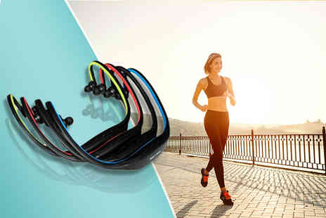 eGlobal Shoppers - Set of Bluetooth sports headphones  - Save 77%