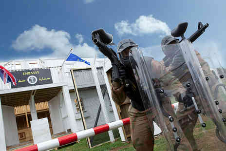 Paintball Network - Paintballing Day For Up To 20 with 100 Paintballs - Save 88%