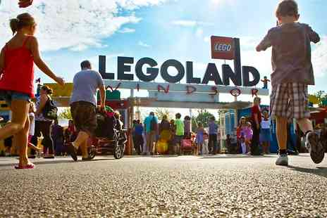 LEGOLAND Windsor Resort - Ticket LEGOLAND Windsor Resort: Exclusive and Digital Photo Bundles  - Save 54%