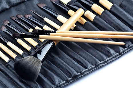Shopperheads - Ten Piece Make Up Brush Set - Save 88%