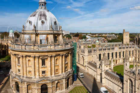 Day Tours London - Coach Tour to Oxford, Stratford and The Cotswolds - Save 34%