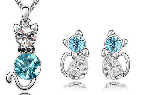 Crazee Trend - Cat Necklace & Earrings Set - Save 76%