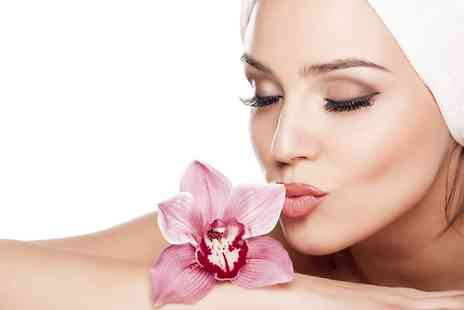 Ultim8 Beauty - Luxury One Hour Facial With Massage - Save 0%