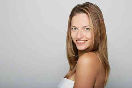 VOGUE Hair & Beauty Lounge - One Sessions of Diamond Microdermabrasion - Save 47%