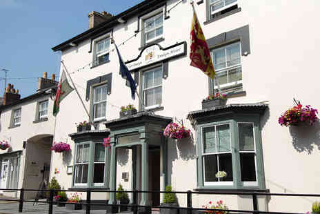 Gwestyr Emlyn Hotel - Carmarthenshire Country Inn near the Coast - Save 0%