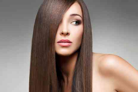 Fenomen Salon - Womens Cut Blow Dry and Conditioning with Optional Highlights  - Save 67%